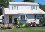 Bank Foreclosure for sale in North Babylon 11703 MOHAWK DR - Property ID: 2769139817