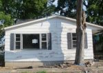 Bank Foreclosure for sale in Carrier Mills 62917 E WALNUT ST - Property ID: 2781949675