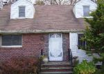 Bank Foreclosure for sale in Westbury 11590 GRAND BLVD - Property ID: 2813278386