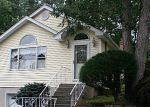 Bank Foreclosure for sale in Lake Grove 11755 MAGNOLIA AVE - Property ID: 2814045277