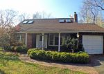 Bank Foreclosure for sale in Southampton 11968 GLENVIEW DR - Property ID: 3121728587