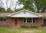 Bank Foreclosure for sale in Columbus 39702 DOGWOOD ST - Property ID: 3203537306