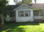 Bank Foreclosure for sale in Beaumont 77703 HARDING DR - Property ID: 3204529315