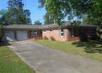 Bank Foreclosure for sale in Beaumont 77706 N CIRCUIT DR - Property ID: 3204556473