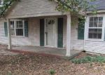 Bank Foreclosure for sale in Louisville 40222 ORMSBY LN - Property ID: 3210223867