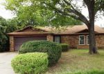 Bank Foreclosure for sale in Arlington 76017 WILLOW ELM DR - Property ID: 3376532662