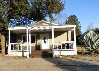 Bank Foreclosure for sale in Summerdale 36580 COMMUNITY LN - Property ID: 1299018781