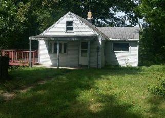Bank Foreclosure for sale in East Canton 44730 CLEARHAVEN ST NE - Property ID: 3689831212