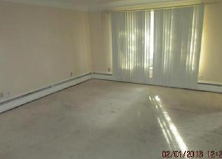 Bank Foreclosure for sale in Southfield 48034 S BELLWOOD DR - Property ID: 3912400410