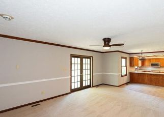 Bank Foreclosure for sale in Gloucester Point 23062 PINE TREE DR - Property ID: 4269233596