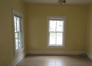 Bank Foreclosure for sale in High Springs 32643 HIGH SPRINGS MAIN ST - Property ID: 4272024360