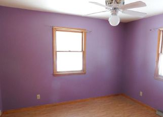Bank Foreclosure for sale in Leroy 49655 MAPLE ST - Property ID: 4274402566