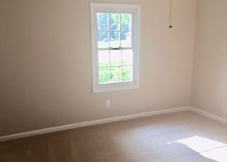 Bank Foreclosure for sale in Utica 42376 BOLING RD - Property ID: 4277544588