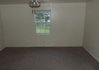 Bank Foreclosure for sale in Green Bay 23942 TOWER RD - Property ID: 4277905480