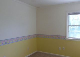 Bank Foreclosure for sale in Poquoson 23662 CHARLES PARISH DR - Property ID: 4277914681