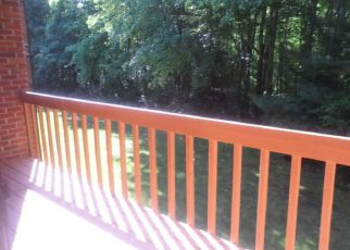 Bank Foreclosure for sale in East Lyme 06333 UPPER PATTAGANSETT RD - Property ID: 4278067983