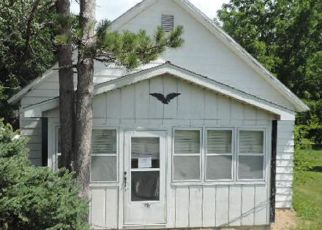Bank Foreclosure for sale in Stonington 62567 S WEST ST - Property ID: 4278674111