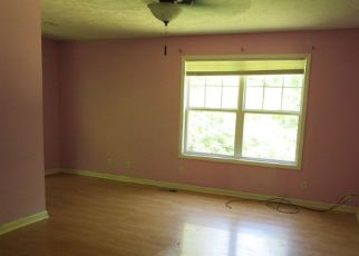 Bank Foreclosure for sale in Wadesville 47638 SPRINGFIELD RD - Property ID: 4281377295