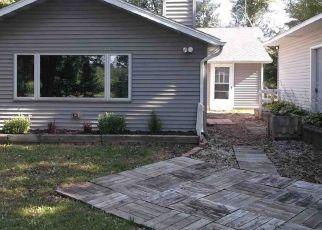 Bank Foreclosure for sale in Oostburg 53070 HOFTIEZER RD - Property ID: 4285423296