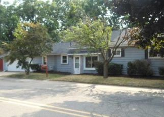 Bank Foreclosure for sale in South Lyon 48178 W LIBERTY ST - Property ID: 4286287422