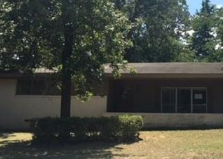 Bank Foreclosure for sale in Tyler 75701 TIMBERLANE DR - Property ID: 4287843996