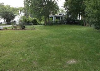 Bank Foreclosure for sale in Hubertus 53033 BARK LAKE DR - Property ID: 4291380179