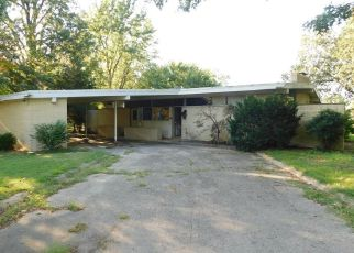 Bank Foreclosure for sale in East Prairie 63845 LOMBARDY DR - Property ID: 4293888914