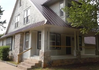 Bank Foreclosure for sale in Perry 73077 N 8TH ST - Property ID: 4294588792