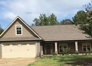 Bank Foreclosure for sale in Smiths Station 36877 LEE ROAD 2211 - Property ID: 4303250601