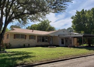 Bank Foreclosure for sale in Cleburne 76033 TURNER ST - Property ID: 4303823915