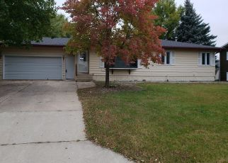 Bank Foreclosure for sale in Dodge Center 55927 MEADOW LARK LN - Property ID: 4304186994