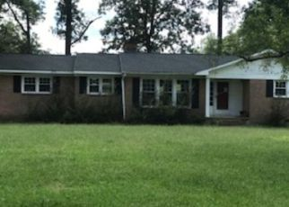 Bank Foreclosure for sale in Wade 28395 BLUMAN RD - Property ID: 4324388980