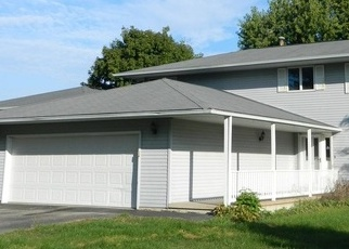 Bank Foreclosure for sale in Hinckley 60520 PRAIRIE ST - Property ID: 4343591504
