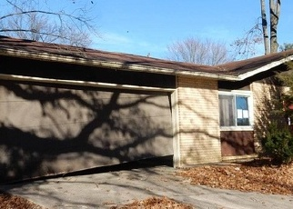 Bank Foreclosure for sale in Bloomington 47403 W MIDDLE CT - Property ID: 4344306270