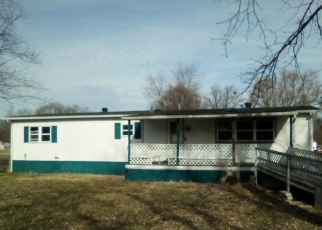 Bank Foreclosure for sale in Granite City 62040 NELSON DR - Property ID: 4347280559