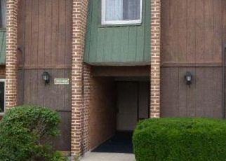 Bank Foreclosure for sale in Mont Clare 19453 MEADOWVIEW LN - Property ID: 4410256397