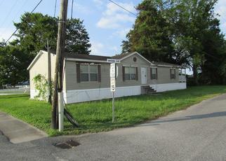 Bank Foreclosure for sale in Golden Meadow 70357 S BAYOU DR - Property ID: 4411880404