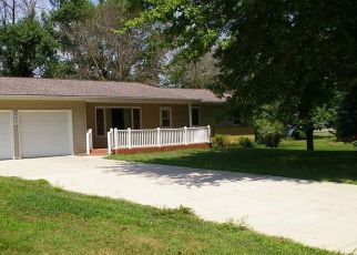 Bank Foreclosure for sale in Danville 52623 S MAIN ST - Property ID: 4411961432