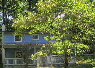 Bank Foreclosure for sale in Bentonville 22610 SHANGRI LA RD - Property ID: 4412886439