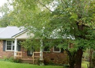 Bank Foreclosure for sale in Selmer 38375 OAK ST - Property ID: 4414364599
