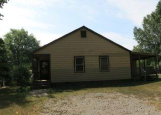 Bank Foreclosure for sale in Catawba 29704 CURETON FERRY RD - Property ID: 4414818781