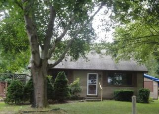 Bank Foreclosure for sale in Bradford 02808 N WOODY HILL RD - Property ID: 4414984780
