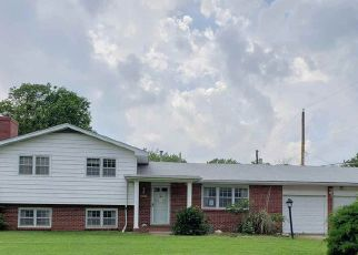 Bank Foreclosure for sale in Wichita 67220 N PERSHING ST - Property ID: 4415279526