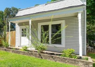 Bank Foreclosure for sale in Saint Louis 63139 LEOLA AVE - Property ID: 4419465687