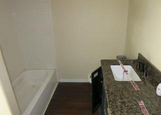 Bank Foreclosure for sale in Sealy 77474 WILLOW ST - Property ID: 4425030579