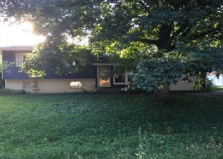 Bank Foreclosure for sale in Farmer City 61842 BROOKVIEW DR - Property ID: 4447133374