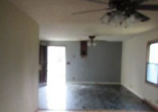 Bank Foreclosure for sale in Lebanon Junction 40150 S PRESTON HWY - Property ID: 4463506146