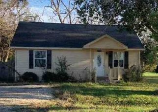 Bank Foreclosure for sale in Wallis 77485 CEDAR ST - Property ID: 4506671561
