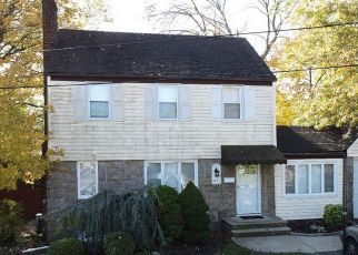Bank Foreclosure for sale in River Edge 07661 VOORHIS AVE - Property ID: 4508791803