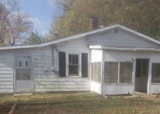 Bank Foreclosure for sale in Brownstown 47220 W RAYMOND ST - Property ID: 4513646291